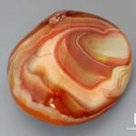 Агат мадагаскарский, полированная галька 7х6,5 см