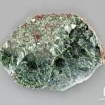 Клинохлор (серафинит), полированный срез 8,5х6х2,1 см