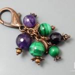 Брелок для ключей с малахитом и аметистом