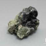 Шпинель черная, кристалл 2,5-6,5 см