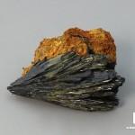 Вивианит, 2,8х2х1,4 см
