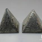 Пирамида из пирита, 4,2х4,2 см