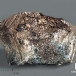 Ферсманит с эгирином, 4,9х3,4х2,5 см